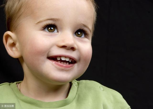 几张图说明宝宝长牙的症状和顺序,你家宝宝掉队了吗?快来对照吧