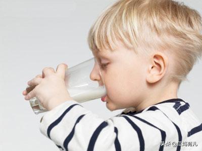 孩子喝牛奶的5个误区,你中招了吗?